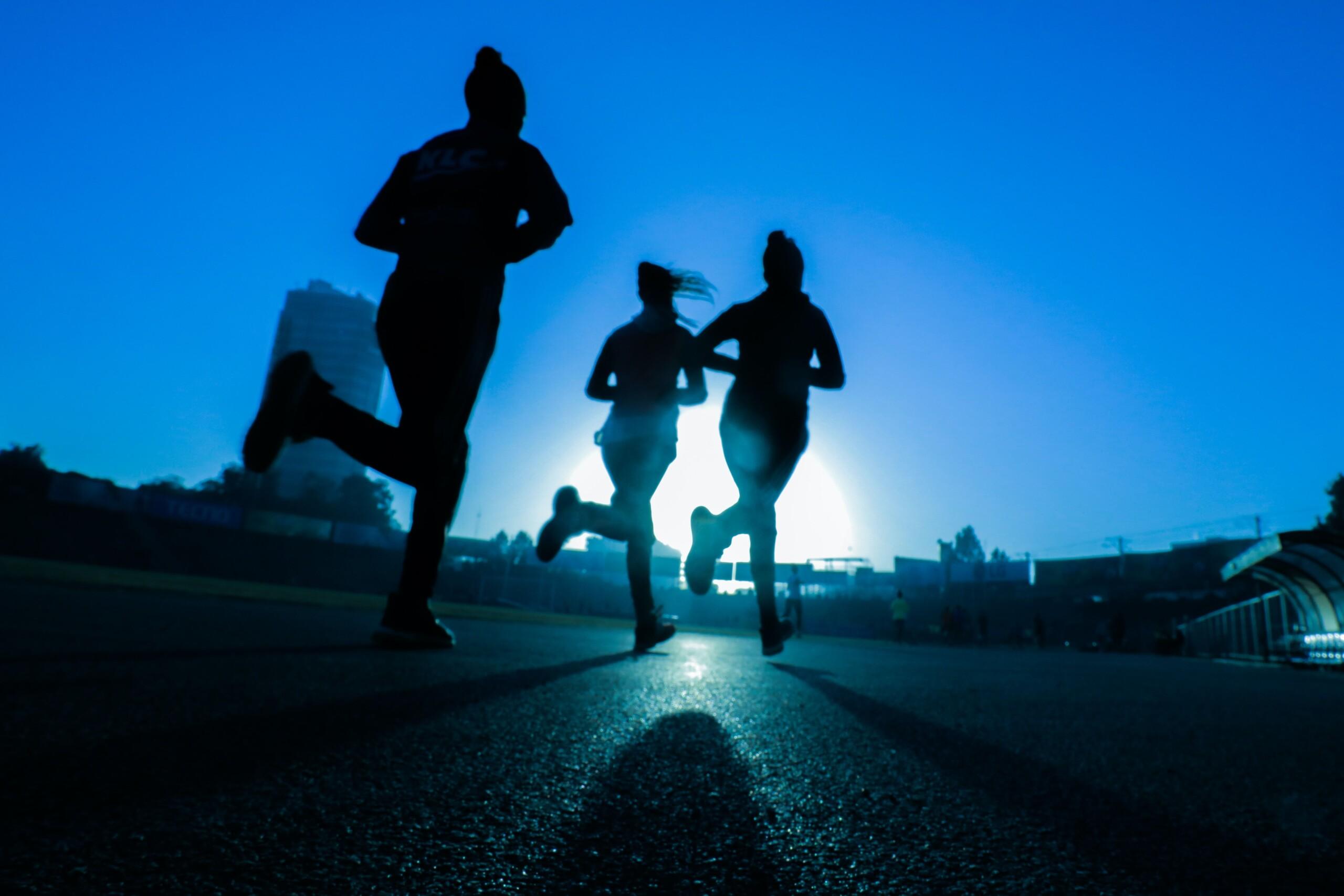 friends going for a run